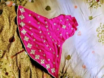 বাচ্চার গুজরটি সেলাই এর ফ্রগ