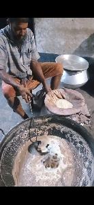 এটা গরম ঘি আসল এবং খাটি ঘি নিজ বাড়িতে তৈরি
